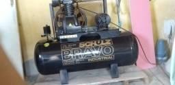 Título do anúncio: Compressor de Ar Industrial Alta Pressão Schulz 200 litros - 20 pés