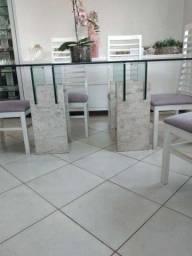 Título do anúncio: Mesa de vidro medindo 1,8m x 1.0m com 6 cadeiras
