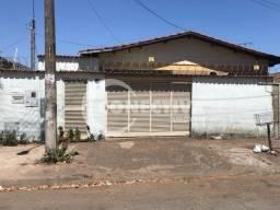 Título do anúncio: Casa para venda tem 139 metros quadrados com 3 quartos em Vila Megale - Goiânia - GO