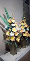 Título do anúncio: Arranjos grandes de flores artificiais
