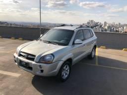 Tucson 2.0 Automática - 2013 - Carro muito novo.
