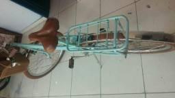 Vendo bicicleta retrô vintage muito boa!!!