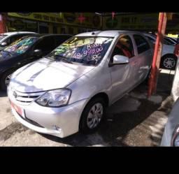 Vendo: Toyota Etios Sedan X 1.5 2017 Completão + GNV IPVA 2019 GRÁTIS - 2017