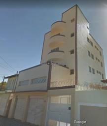 Procuro apartamento no Major Prates