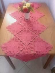 Trilho de mesa croche