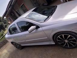Vendo Astra sedan 1.8 milenium - 2001