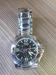 Relógio Invicta Excursion Prata Funcional ( Novo )