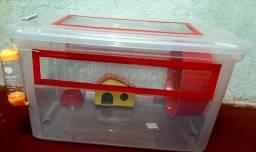 Caixa organizadora personalizada com duas rações para hamster