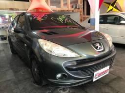 Peugeot 1.4 207 XR 2010 Com GNV