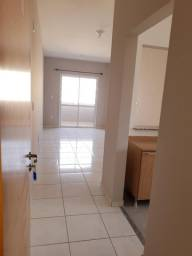 Alugo Apartamento novo de 02 dormitorios Bairro Proximo ao Centro