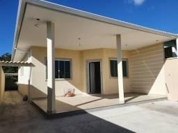 Casa com excelente estrutura e acabamento