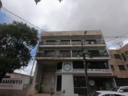 Apartamento para alugar com 3 dormitórios em Centro, Apucarana cod:00825.002