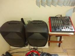 Título do anúncio: Aparelhagem de som completa (mesa amplificada + caixas passivas).