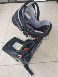 Título do anúncio: Bebê conforto + base isofix Graco importado
