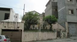Título do anúncio: Casa Antiga térrea em terreno de 240m2, com 2 quartos, quintal amplo na região de Santana
