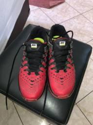 Tênis Netshoes tamanho 40