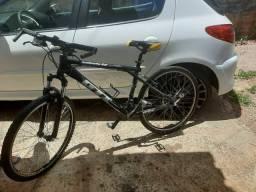 Troco por celular bicicleta GTI Avalanche 3.0 com acessórios Shimano