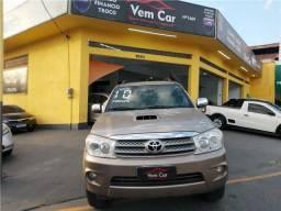 Título do anúncio: Toyota Hilux sw4 2010 3.0 srv 4x4 16v turbo intercooler diesel 4p automático