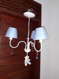 Título do anúncio: Lustre luminária vintage azul 3 cúpulas urso quarto lojas espaço baby bebê  menino