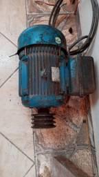 Vende - se motor elétrico
