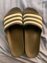 Título do anúncio: Sandália adidas Original