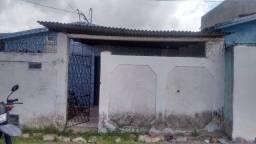 Casa com 3 quartos, 147 m² - R$ 60.000 -Santa Rita/PB