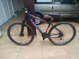 Bicicleta aro 29, quadro 17... Novinha