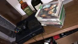 Vendo Xbox 360 Destravado,1 manete original.