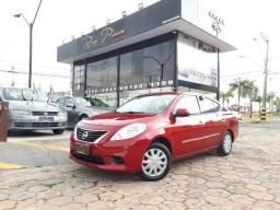 Nissan Versa SV 1.6 Completo 2014 Super novo - Aceito seu Carro e Financio - 2014