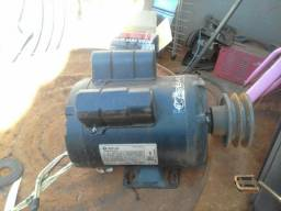 Motor eletrico 110/220 1CV