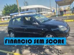Renault clio 2006 financio sem score peça sua ficha no whatsap