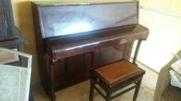 Piano francês pleyel