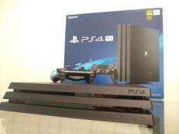 PS4 PRO 1TB 7215B 4K HDR  com apenas 3 meses de uso.