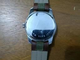 Bijouterias, relógios e acessórios no Brasil - Página 99   OLX 32fd2694af