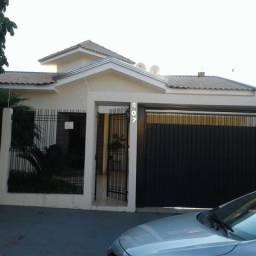 Casa Jd. Universitário - Cianorte - PR