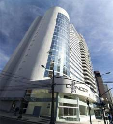 Belíssimo flat a venda no centro de Curitiba, prox. Rua 24 Horas