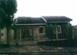 Casa com 3 dormitórios à venda, 174 m² por R$ 211.888,02 - Centro - Paranacity/PR