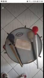Vendo instrumentos musicais surdo e pandeiros