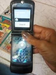 Vendo esse aparelho de celular antigo