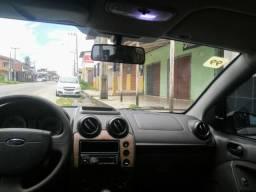 Passo Fiesta Sedan 1.0 - 2011