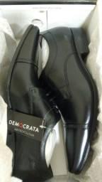 Sapato Social Democrata Metropolitan 42 Novo sem uso na caixa.Aceito cartoes
