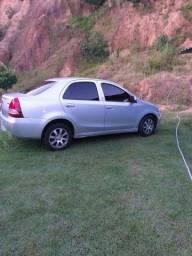 Carro Toyota etios a venda   tel 083 aceitamos troca e convesamos o valor