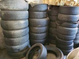 Diversos pneus pra vender na ruma!!!!barato
