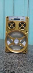 Caixa de som com poucos dias de uso