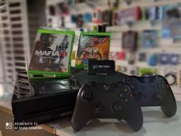 Xbox One 1TB + 1 Controle + 2 Jogos
