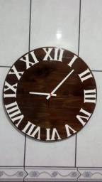 Relógio decorativo grande