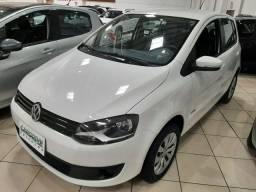 Ent. 50% + 48X 613,00 - VW Fox I-Motion 1.6 2014 - Só 61.000km