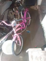 Vendo esta linda bicicleta para criança r$ 200