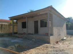 2 quartos sendo 1 suite, terreno inteiro em Itaipuaçú