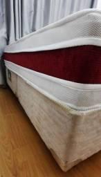Título do anúncio: Cama box. Seminovo . Colchão esp Red & white